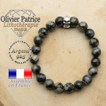 bracelet tete de mort avec sa pierre naturelle en opale grise