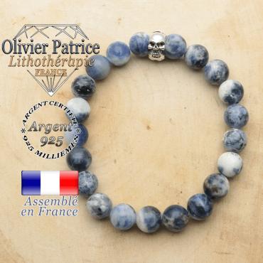 bracelet tete de mort avec sa pierre naturelle en sodalite