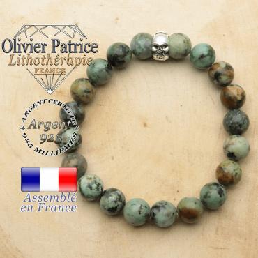 bracelet tete de mort avec sa pierre naturelle en turquoise bleu africaine