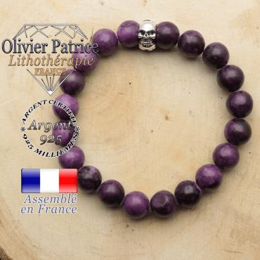 bracelet tete de mort avec sa pierre naturelle en sugilite