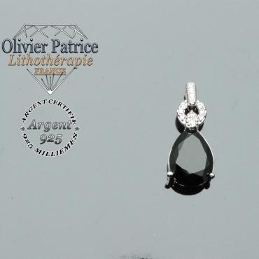 Pendentif de la parure goutte d'eau en pierre naturelle d'onyx surmonté d'un anneau brillant