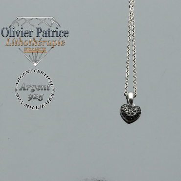Pendentif coeur en argent 925 et en pierre naturelle de spinelle noir