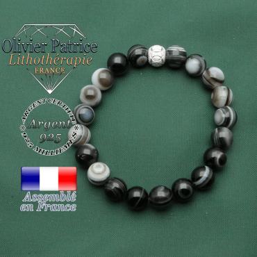 Bracelet anneaux gravés pour la protection en pierre sardonyx naturelle et argent 925 brillante