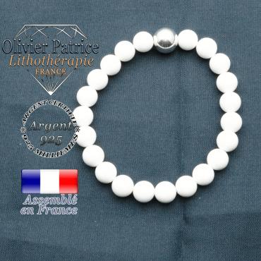 Bracelet en jade blanc et sa boule de 10 mm lisse en argent 925