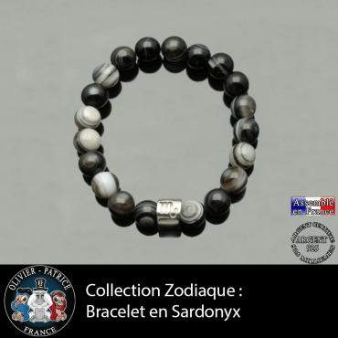 Bracelet en sardonyx naturel et son signe astrologique gravé sur un tube en argent 925