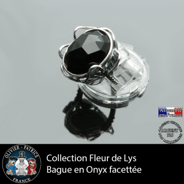 Bague Fleur de lys en onyx facettée et argent 925