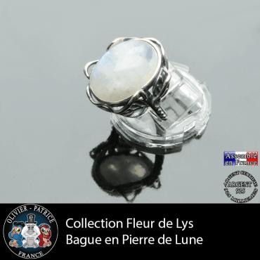 Bague Fleur de lys en pierre de lune et argent 925