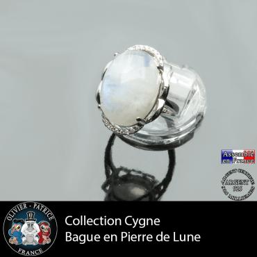 Bague Cygne en pierre de lune et argent 925