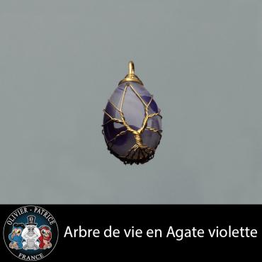 Pendentif arbre de vie en agate violette vendu dans son écrin