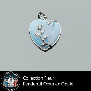 Pendentif cœur opale orné de roses en alliage