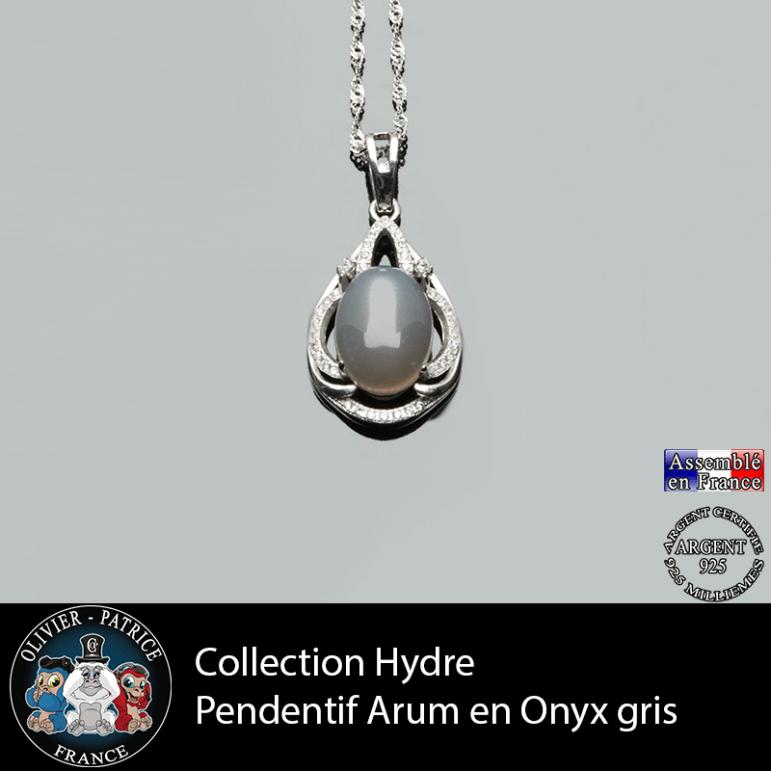 Collection Hydre : Pendentif Arum en onyx gris naturel et argent 925