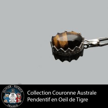 Pendentif couronne australe en oeil de tigre lisse et véritable