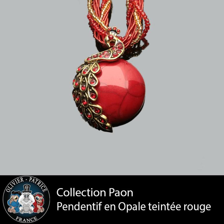 Pendentif paon opale rouge en alliage