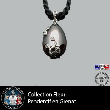 Collection fleur : pendentif en grenat