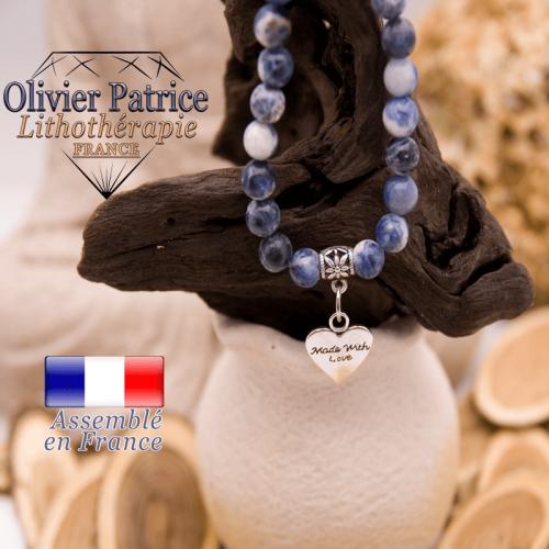 Bracelet sodalite et son charms coeur en alliage