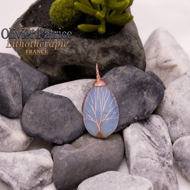 Pendentif arbre de vie opale en alliage