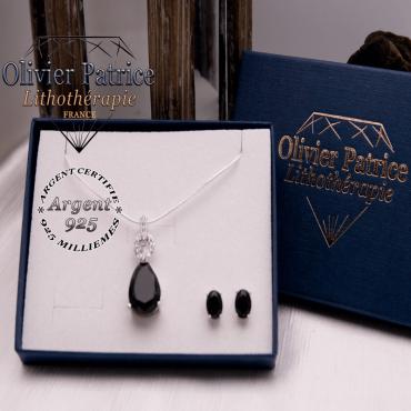 Parure Onyx pendentif et boucles d'oreilles en argent 925 vendue dans son écrin