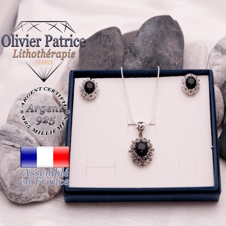 Parure fleurs en onyx et argent 925 : pendentif et boucles d'oreilles