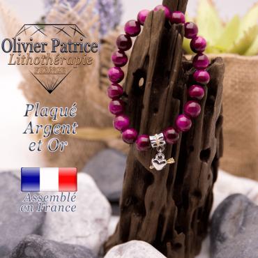 Bracelet Œil de tigre teinte violette charms coeur avec fleche plaqué or-argent