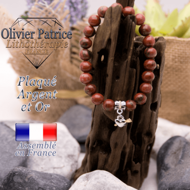Bracelet jaspe rouge charms coeur avec fleche plaqué or-argent