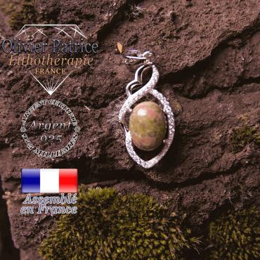 Pendentif Iris de la collection orion en unakite en forme de losange à noeud en argent 925