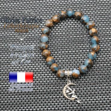 Bracelet en bornite bleu et or et sa fée en plaqué or