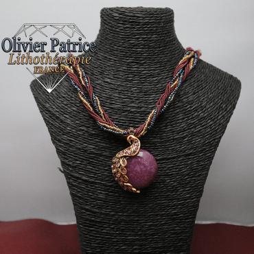 Pendentif paon opale violet foncée en alliage