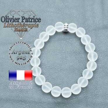 bracelet homme en pierre naturelle en cristal de roche  de 10mm et sa tete de mort en argent 925 de 10mm