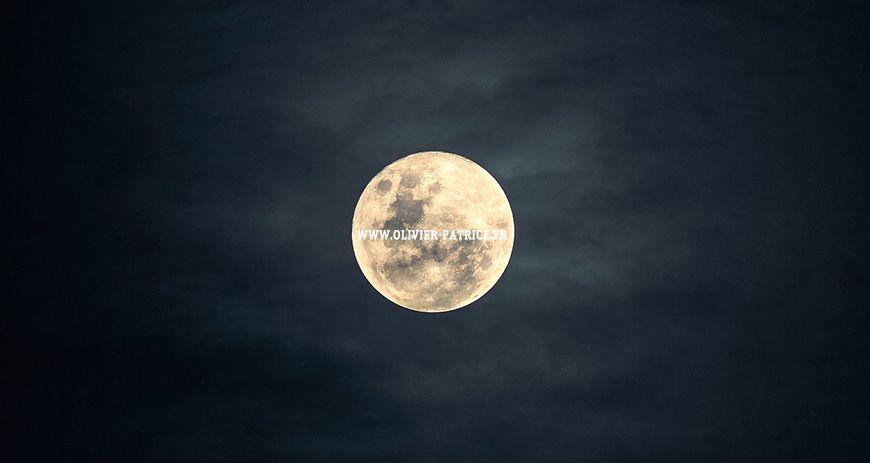 Nouvelle lune 23 avril 2020 et lithothérapie